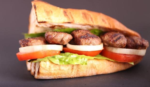 Ev yapımı köfte ekmek tarifi
