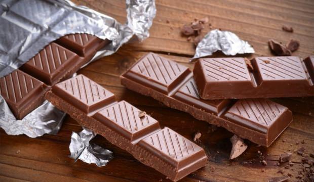 Fazla miktarda tüketilen çikolatanın zararları