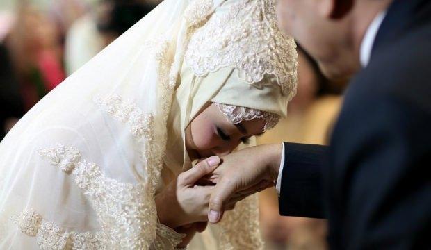 İdeal evlilik yaşı kaçtır? Evlilikte yaş farkı önemli mi?