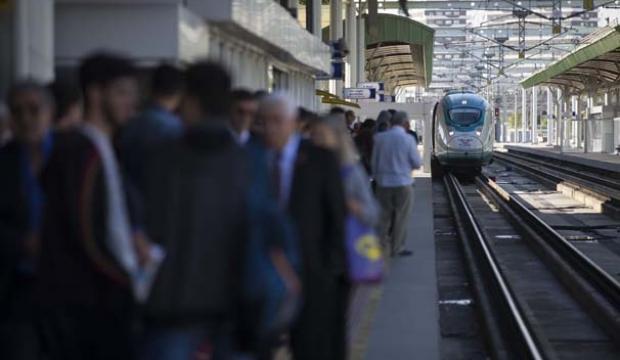 """Kara tren""den YHT'ye demiryolu serüveni"