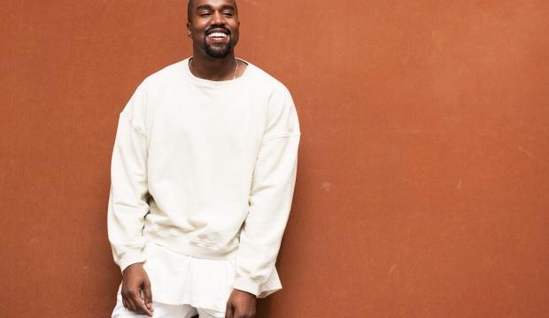 Ünlü şarkıcı Kanye West ismini değiştirdi!