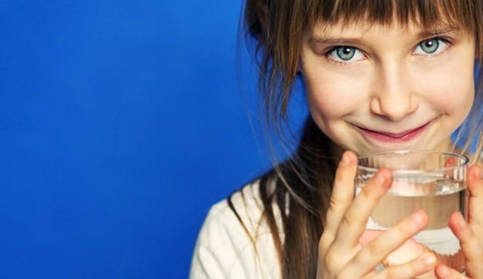 Çocuklar günde ne kadar su içmeli?