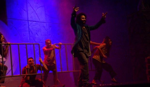 "Bursa'da ""Notre Dame'ın Kamburu"" müzikali sahnelendi"