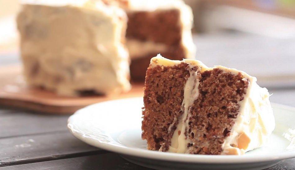 Hurmalı ıslak kek nasıl yapılır?