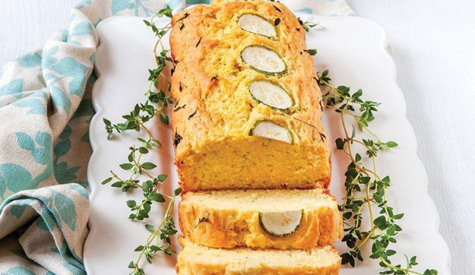 Kabaklı ve mısır unlu kek nasıl yapılır?