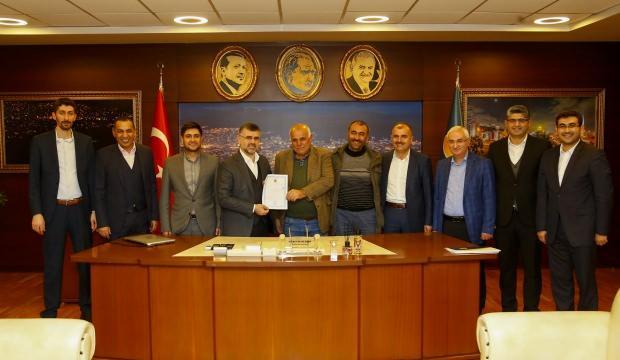 Sultanbeyli'nin 100 yıllık tapu süreci tamamlandı