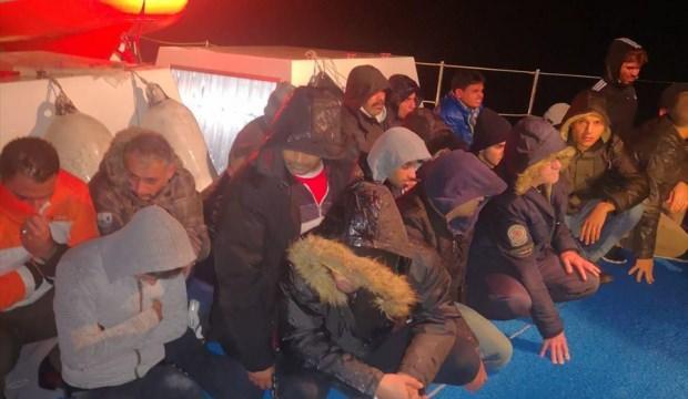 Muğla'da yelkenli teknede 44 düzensiz göçmen yakalandı
