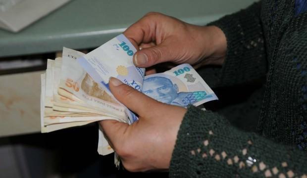 Bir banka daha kredi faizlerinde indirime gitti