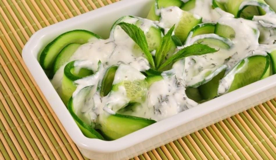2 haftada 5 kilo verdiren yoğurt salatası! Yoğurt ve salata diyeti nasıl yapılır?