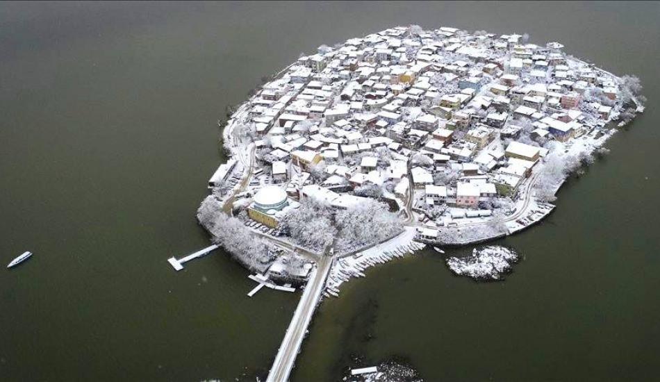Bursa'nın Gölyazısı kar görüntüsü ile büyüledi