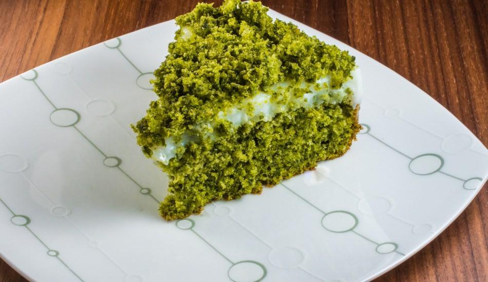 Ispanaklı kek nasıl yapılır? Pratik ıspanaklı kek tarifi
