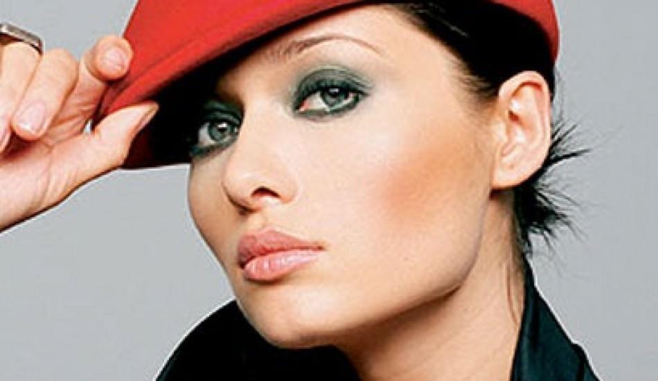 Nurgül Yeşilçay ünlü şarkıcıya meydan okudu!