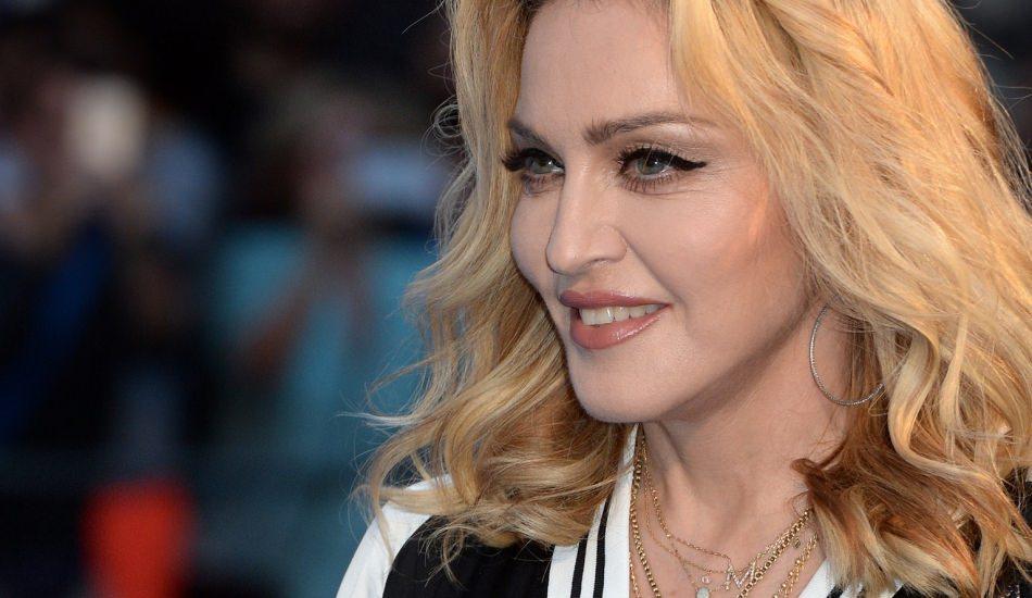Madonna yıllara meydan okudu! Geçmişe dönüyor!
