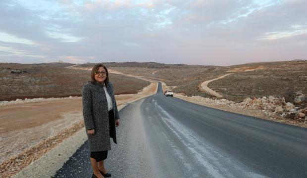 Büyükşehir 500 kilometre arazi yolu açtı!
