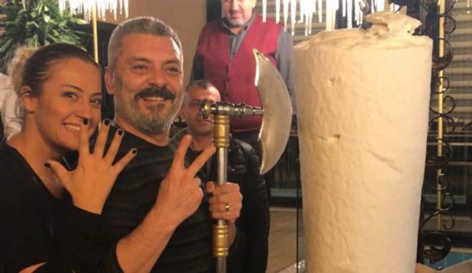 Necmi Yapıcı'dan baltalı evlilik yıl dönümü kutlaması