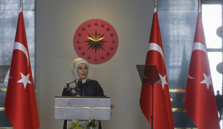 Emine Erdoğan, Külliye'de büyükelçi eşlerini ağırladı!