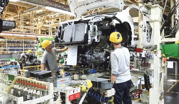 Otomobil sayısı azaldı gelirler arttı