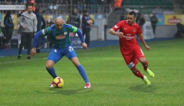 Aatif Chahechouhe 9 ay sonra gol attı