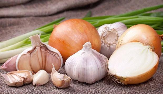 Soğan ve sarımsak tüketilir mi? Soğan ve Sarımsağın besin değerleri... -  SAĞLIK Haberleri