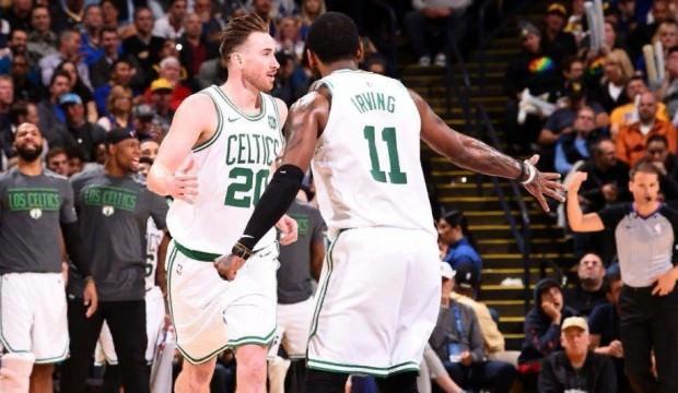 Boston son şampiyonu fena ezdi!