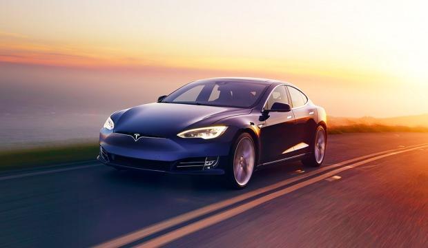 Tesla araç fiyatlarını yüzde 3 artıracak