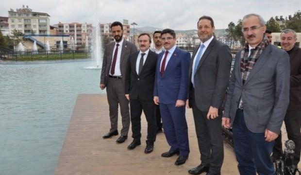 Yasin Aktay: Siirt tarihinde görülmemiş yatırımlar yapıldı