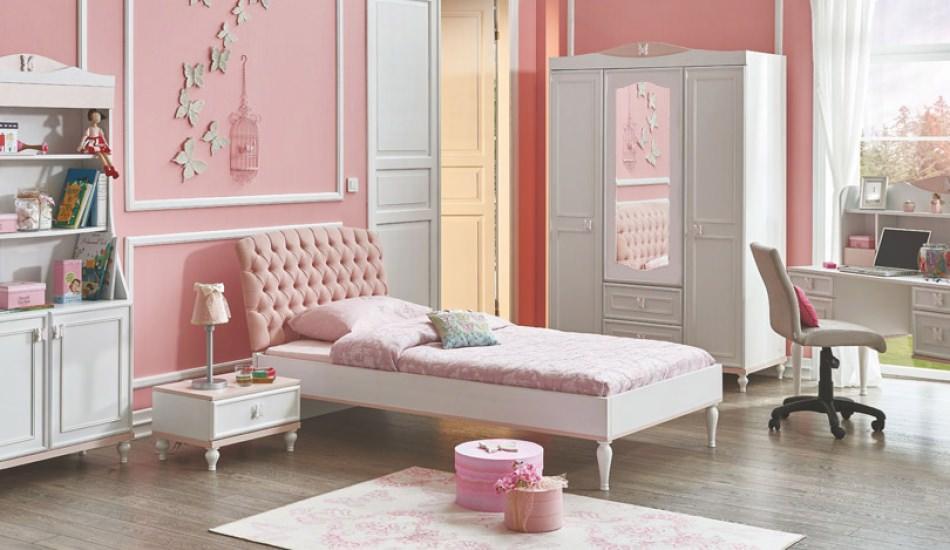 Genç kız odalarına özel oda dekorasyonu önerileri