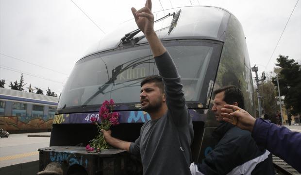 Göçmenler Atina'da eylem yaptı!