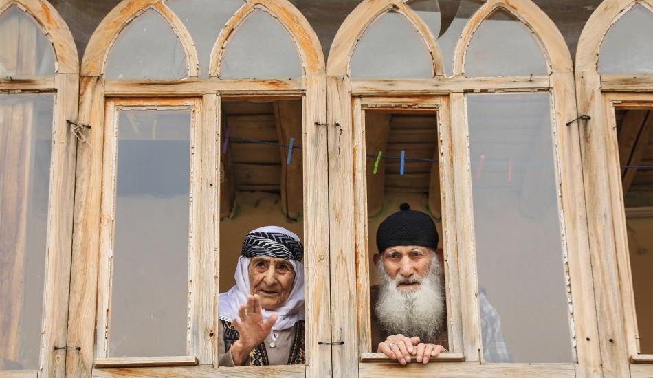 Mahallenin ''Ulu Çınarları'' mutlu evliliklerinin sırrını verdi