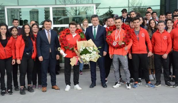 Avrupa'dan Kayseri'ye 3 madalya birden
