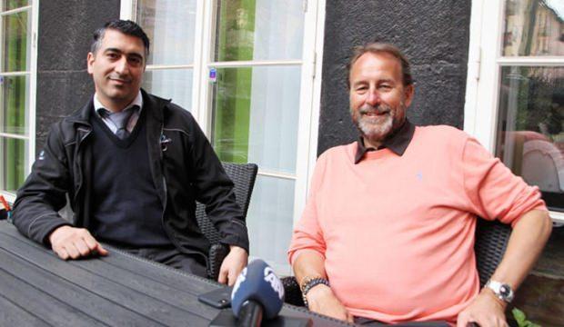 """Kredi kartını müşterisine veren Türk taksici """"kahraman"""" oldu"""