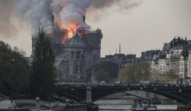 Notre Dame'ın tamiri için 200 milyon euro bağış yaptı