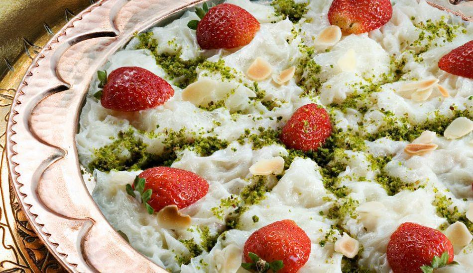 Osmanlı usulü güllaç nasıl yapılır? Osmanlı Mutfağı yöntemiyle güllaç püf noktaları