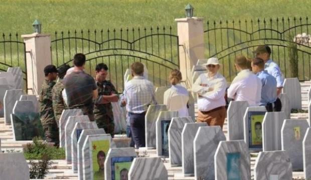 İngilizlerden PKK/YPG mezarlarına skandal ziyaret