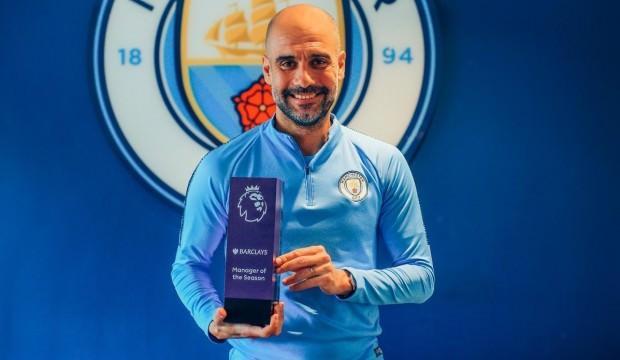 Premier Lig'de sezonun teknik direktörü Guardiola