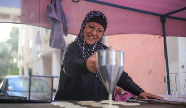 Gazze'nin ilk kadın kadayıf ustası  Nahide en-Nemr