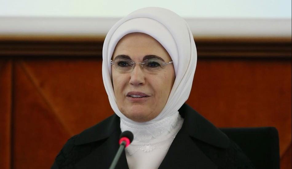 Emine Erdoğan  72. Dünya Sağlık Asamblesi'nde konuştu