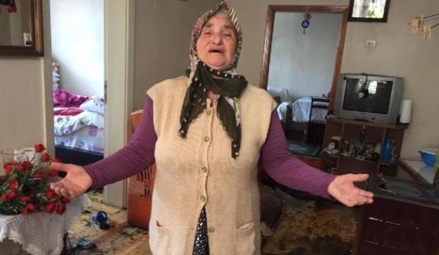 Evini lağım suyu basan yaşlı kadının gözyaşları