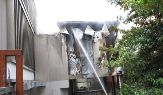 Kadıköy'de hastanede korkutan yangın