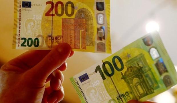 Yeni 100 ve 200 euroluk banknotlar dolaşıma sunuldu
