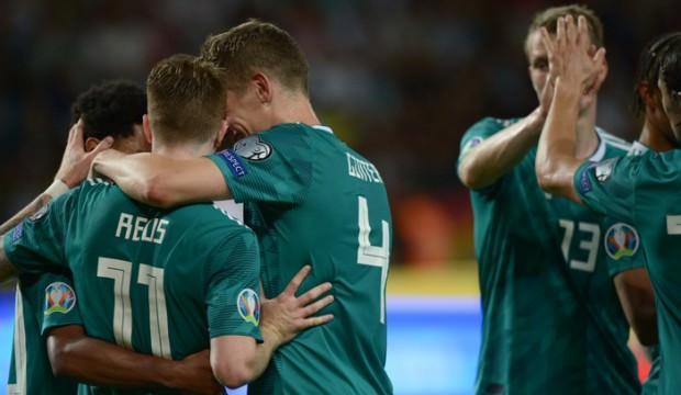 Almanya güle oynaya kazandı
