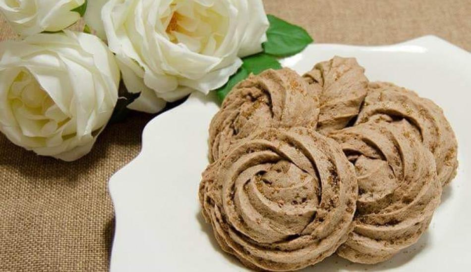 Evde gül kurabiyesi nasıl yapılır? Gül kurabiyesi şekli nasıl verilir?