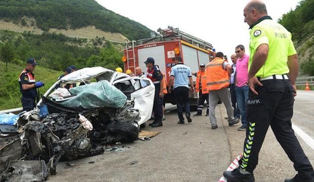 Sinop'ta feci kaza! 2 öğrenci hayatını kaybetti