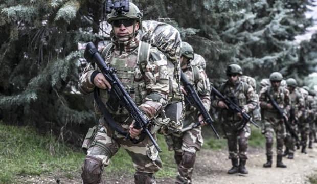 'Yeni askerlik sistemi' için flaş gelişme!