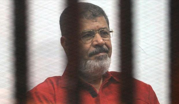 Mursi'nin cenazesine ailesi dışında katılıma izin verilmedi