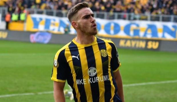 Yıldız futbolcunun menajeri Beşiktaş'ı açıkladı!