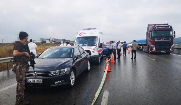 İstanbul'da yol kenarında dehşet: Kadını başından vurdu