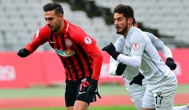 Fenerbahçe izledi Antalyaspor aldı