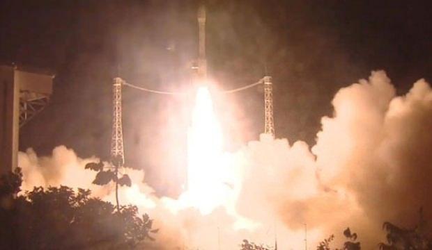 BAE'nin keşif uydusu okyanusa çakıldı!