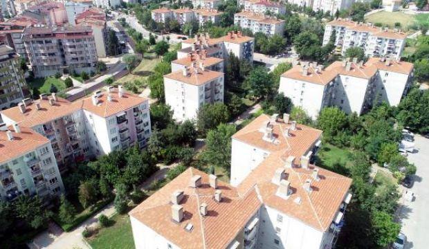Emekli başkomiser Edirne'ye 400 ağaç dikti